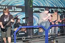 O pátou až šestou příčku se dělila v soutěži začínajících rockových kapel Múza 2009 holýšovská pětice Interloud.