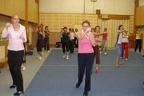 Kick – box aerobic v tělocvičně ve Kdyni