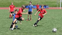 Fotbalisté z domažlické Jiskry si ve středu zahráli přátelský zápas se žáky FK Hodonín.