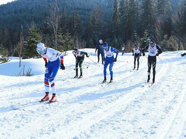 Běžec na lyžích Luděk Šeller ( první zleva) se v OPA Cupu  blýskl pátým místem při sprintu klasickou technikou.