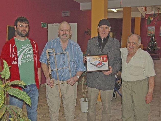 Obyvatelé Domova senorů ve Kdyni dostali vánoční dárek