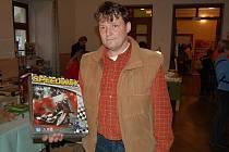 Jan Jalůvka vymyslel deskovou hru Speedway, která se dočkala vydání a mezi chlapci se stala opravdovým hitem.