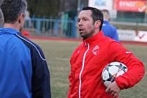 Pavel Horváth na tréninku Jiskry Domažlice.