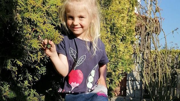 Sofii jsou dnes 4 roky a její stav se zlepšuje díky rehabilitaci.