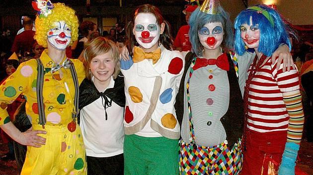 Dětský maškarní karneval v Domažlicích.