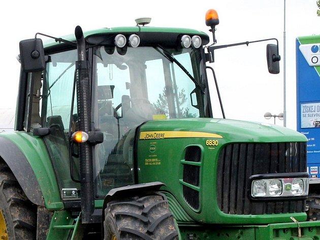 Traktor. Ilustrační foto.
