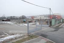 NOVÝ DOMAŽLICKÝ  KAUFLAND by mohl vyrůst na ploše od bývalých stavebnin (včetně) po zimní stadion.
