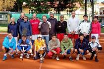 TENISOVÝ NIKI CUP. Tenisový oddíl Jiskry Domažlice uspořádal v sobotu 18. září na nově opravených kurtech na Střelnici v Domažlicích Niki Cup, turnaj neregistrovaných ve dvouhře i čtyřhře, jehož výsledky se počítají do série Dotiko Tenis Tour.