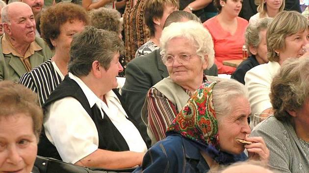 Z předchozího setkání rodáků Hříchovic v roce 2006.