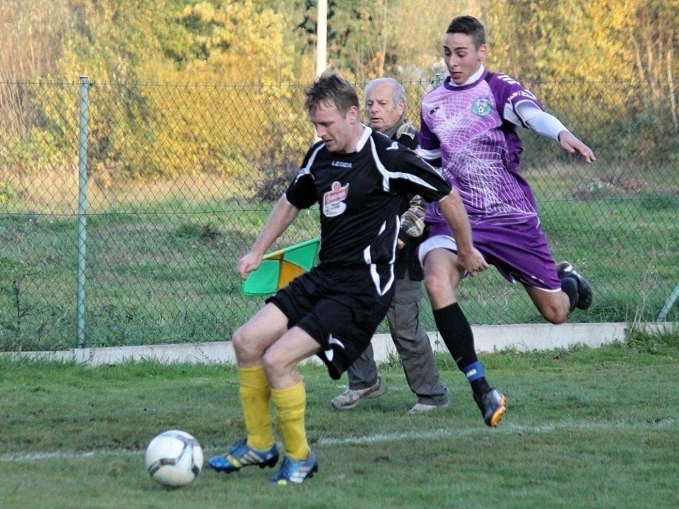 Z utkání Start Tlumačov B x Loko Hostouň.