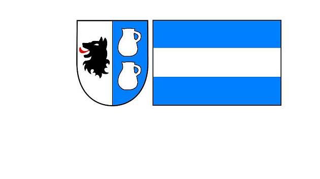 V šetadvaceti případech se nejvíce líbil znak stříbrno-modře polceného štítu, vlevo se dvěma stříbrnými džbánky, vpravo s černou hlavou psa  a modrobílá vlajka s vodorovnými pruhy.
