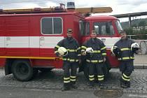BĚLŠTÍ HASIČI vyjeli na pomoc zaplavené Praze minulé úterý. Čerpali vodu v Modřanech, Velké Chuchli i Stromovce.