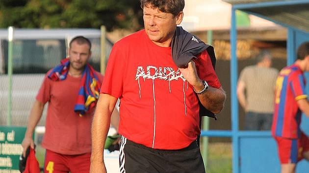 Trenér Stanislav Kamarýt.