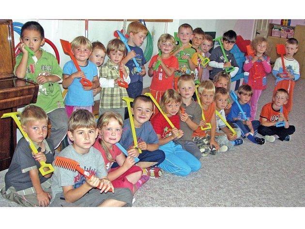 Všechny děti z Horšovského Týna a přilehlých obcí chodily tento týden do školky v ulici Pionýrů.