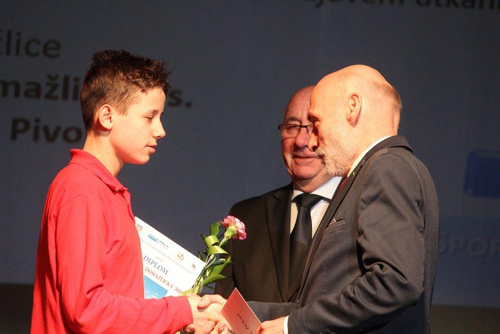 Mládež do 18 let - jednotlivci (bez vyhlášení pořadí): atlet Jan Švígler.