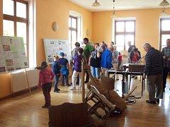 Výstava na zámku v Osvračíně.