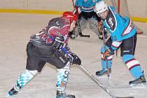 Z utkání hokejistů Rakonu B.