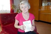 Hanka Hoffmannová ze Stanětic nechala znovu vydat knihu svého praprastrýce.