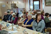 STŘEDEČNÍ SETKÁNÍ zástupců seniorských organizací z Domažlic hostilo Městské centrum sociálních služeb.