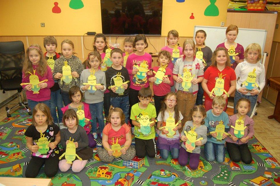 Děti v domažlickém Dominu tvořily postavičku Mimoně Kevina.