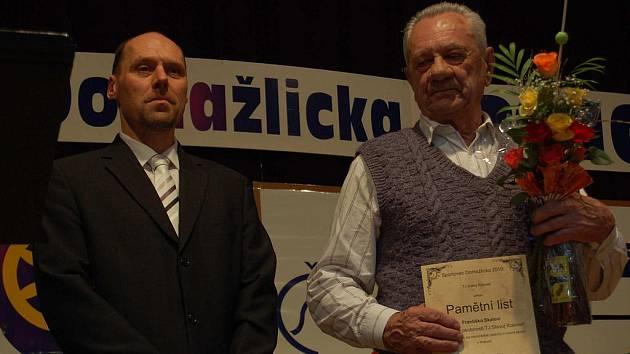 Ze slavnostního vyhlašování ankety Sportovec Domažlicka 2010 v Kolovči.