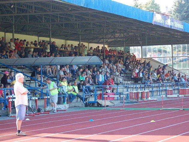 Poslední zápas Jiskry v kraji přilákal bezmála šest stovek diváků. Kolik jich asi dorazí na pohárový zápas se Sokolovem?