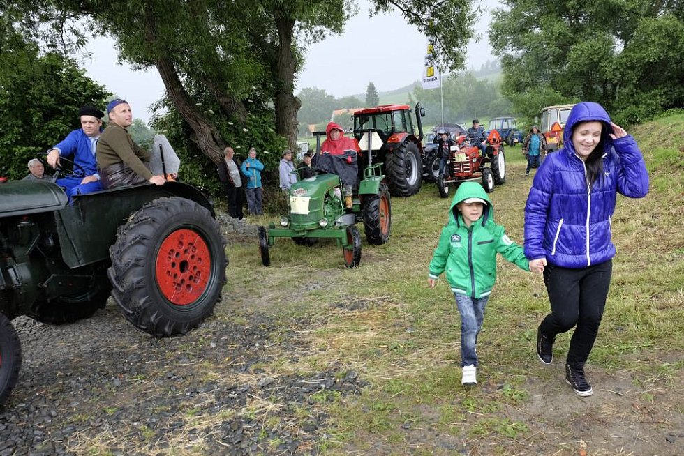 Traktoriáda v Sedlicích.