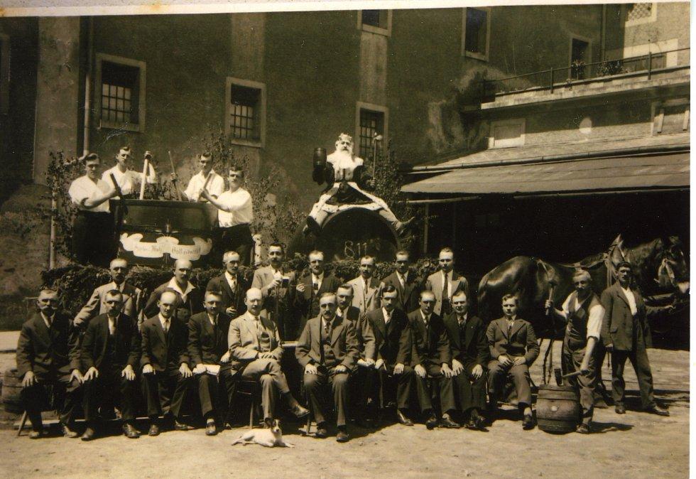Historička Kristýna Pinkrová připravuje publikaci o historii Bělé nad Radbuzou a okolí. Na snímku je  pivovar.