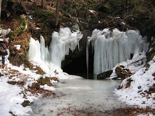 Jeskyně Salka v zimě.