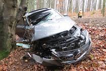 Bouraný Mercedes.