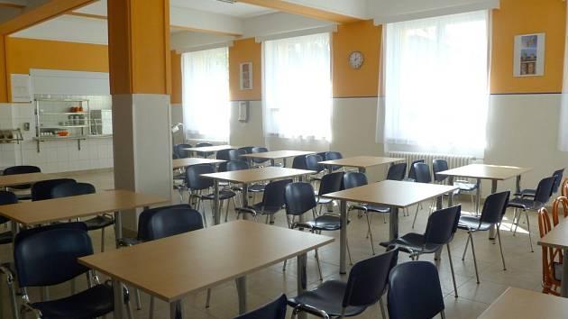 Nový jídelna v Základní škole v Holýšově.