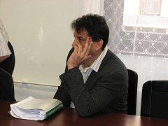 VZAL MILIONY, NEBO NE. Touto otázkou se v případě Roberta Málka v těchto dnech zabývá Krajský soud v Plzni.