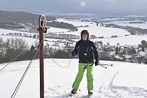 Nad Loučimí se rozjel lyžařský vlek.