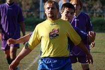 Z utkání fotbalistů Lokomotivy Hostouň se soupeřem ze Sokola Blížejov.