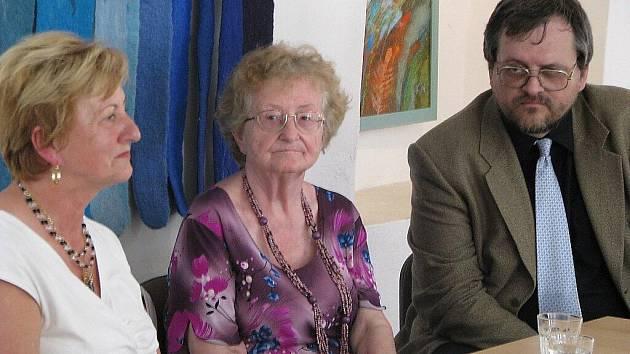 Beseda se spisovatelkou Marií Korandovou o její nové knize Všerubský doktor se vrací.