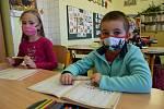 Učitelé musí snížit nároky a dohánět učivo v Milavčích