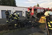 V Horšovském Týně Týně shořely kontejnery.