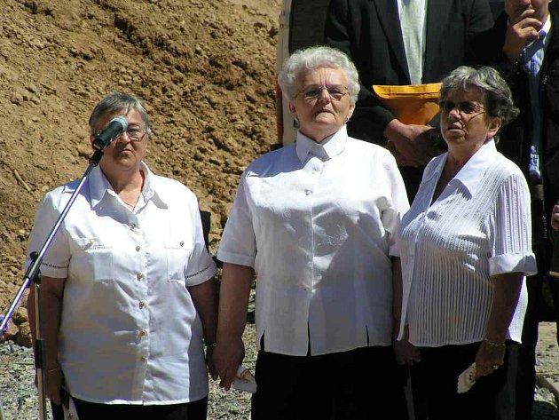 Stavba nového domova pro seniory za 90 milionů Kč v Domažlicích začala.