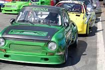 Třetí podnik seriálu závodů automobilů do vrchu Edda Cup se jel o víkendu ve Kdyni na trati do Korábu. Startovalo více než sto jezdců ve 14 třídách.