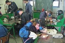 V Horšovském Týně se nachází jediná svářečská škola na Domažlicku.