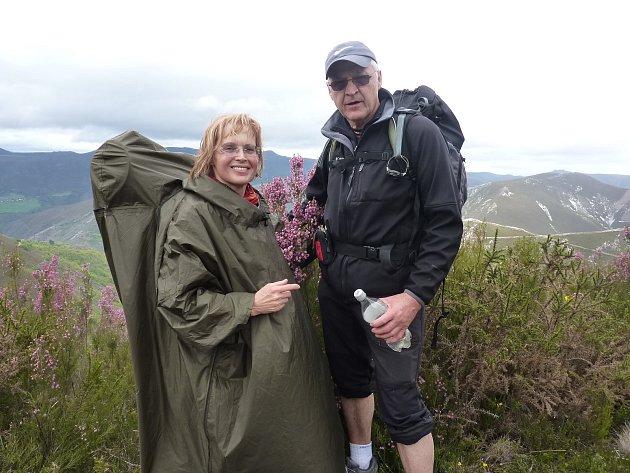 Oldřich Tichý a jeho žena Helena putují Evropou.