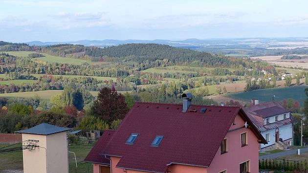 Z dílské českoněmecké vyhlídky byl na sklonku podzimu nádherný pohled.