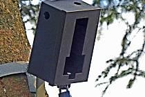 Místo pro uložení odpadů v Pile. Nyní je střeží tato fotopast.