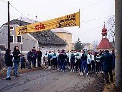 Na startu Novoročního běhu v Draženově.