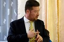 Poslanec PČR Tomio Okamura zajel do Strýčkovic zjistit situaci v obci.