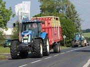 Sledovali jsme v regionu silnice a protestní jízdu zemědělců.
