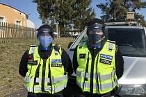Obdarovaní policisté v Domažlicích.