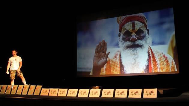Představili cestovatelskou show Zikmund 100 horšovskotýnskému publiku.