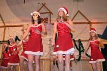 Ze školního Vánočního koncertu v Kolovči.