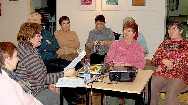 Zajímavá přednáška o českých i světových porcelánkách se uskutečnila v Muzeu příhraničí ve Kdyni.